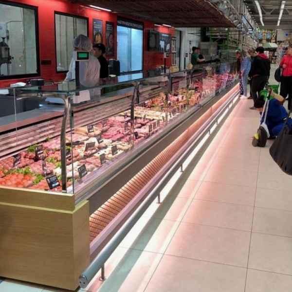 Lada chłodnicza Etoile w supermarkecie